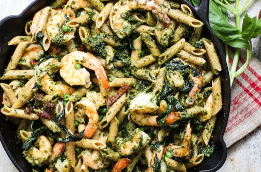 4. Whole Wheat Shrimp Pesto Pasta