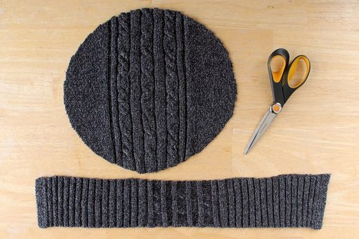 DIY Beret From an Old Sweater
