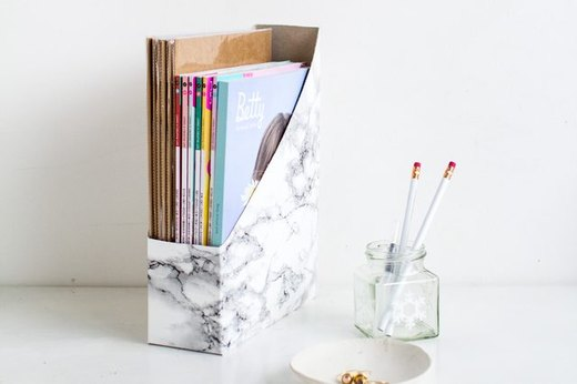 Keep Clutter Off Your Desk With a Magazine Holder