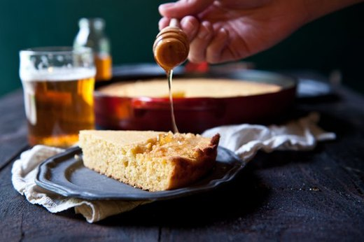 Bake Honey Beer Skillet Cornbread