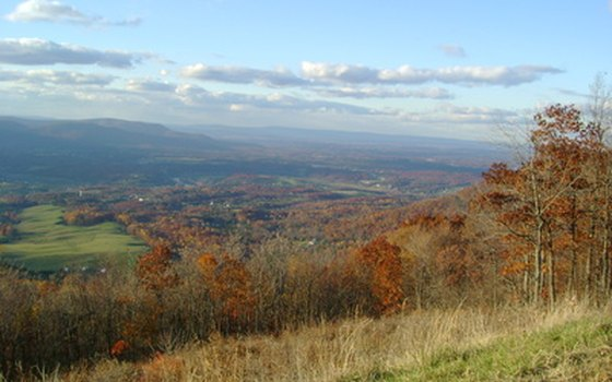 Skyline Drive is packed with leaf-peepers during the fall.