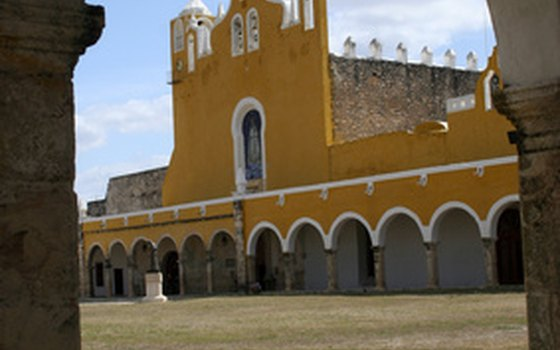 Izamal's main plaza
