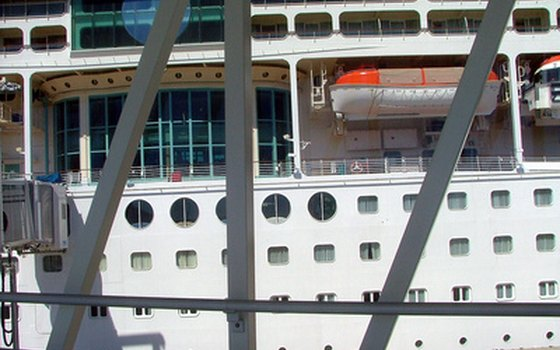How to Transfer Cruise Ship Credits | USA Today