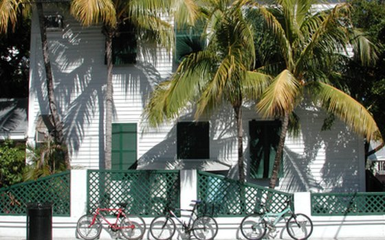 Relax in a Key West style cottage on the tropical barrier island of Siesta Key.