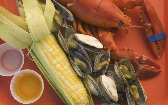 Try clambake favorites on this tour of Boston's harbor.