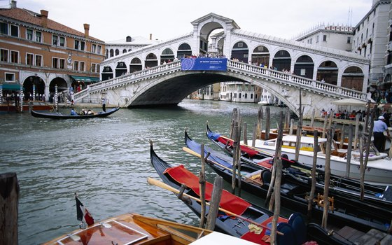 See Venice through the eyes of the masters of English literature.