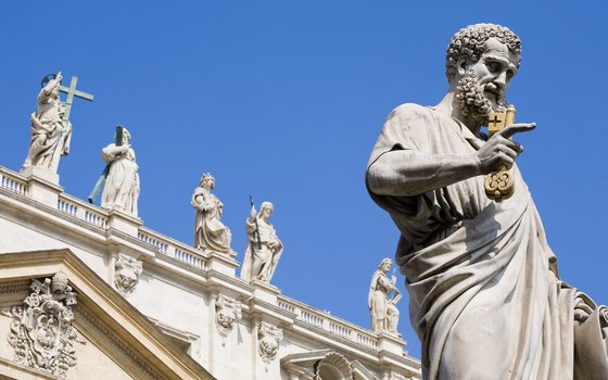 Expect clear blue skies during spring and summer sightseeing in Rome.