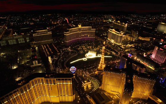 Gay Line Las Vegas tours offers a Night Lights package.