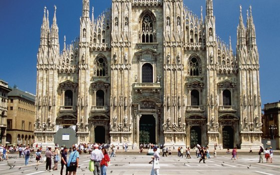 Italian citys are taking steps to protect their cultural landmarks from the corrosive effects of pollution.