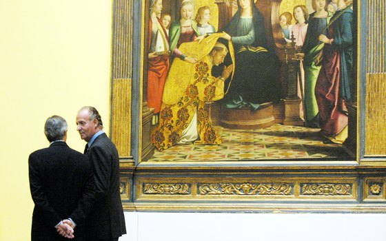 Spain's King Juan Carlos I visits the Meadows Museum at Southern Methodist University.
