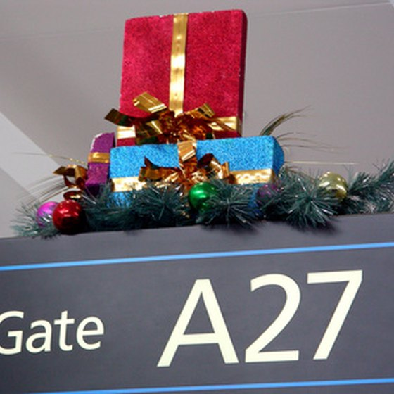 If you fly without luggage, a Delta e-ticket allows you to go directly to the gate on domestic flights.