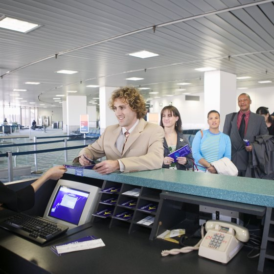 The best time to fly may depend on the airport you use and the time of year you travel.