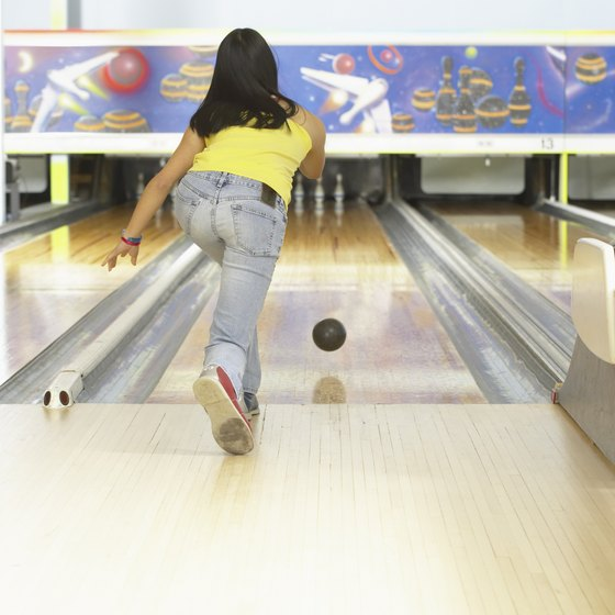 A leaning forward lunge is used in some sports such as bowling.