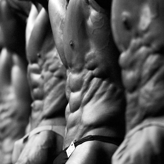 Lose body fat with a pre-competition diet.