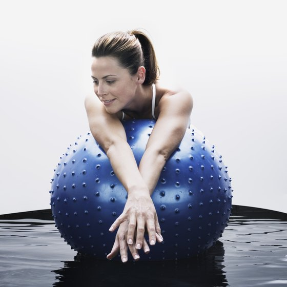 The air cushion in the ball makes stretching more comfortable.