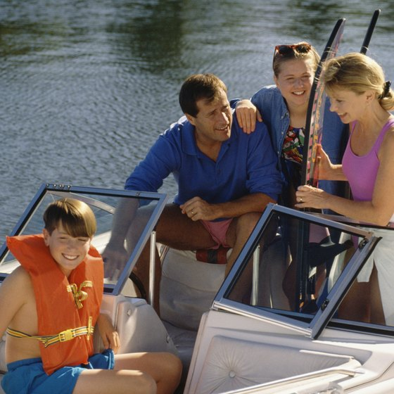 You and your family can enjoy water sports on the lakes near Nashville.