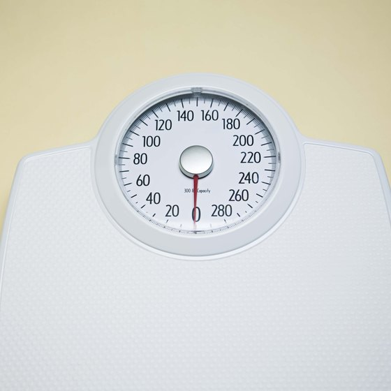 Dropping weight quickly for powerlifting can be challenging.