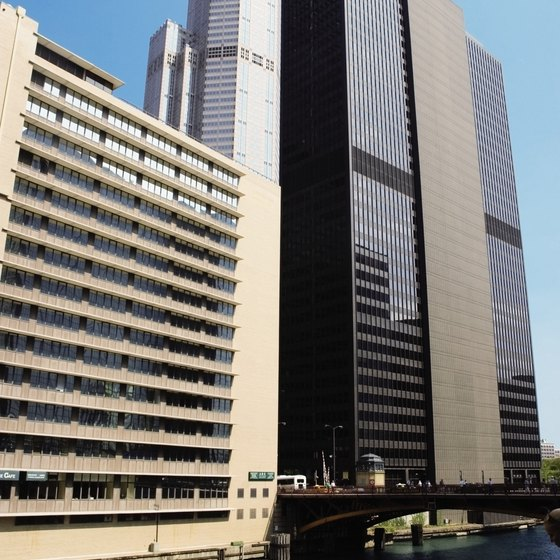 Boating along the Chicago River offers dramatic views of the city's architecture.