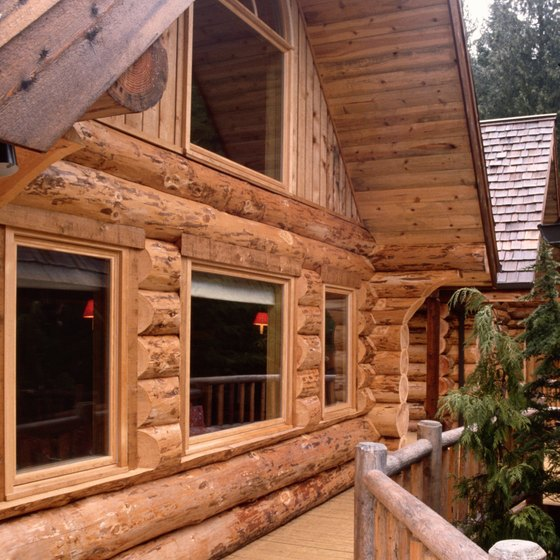 Vacationers seeking a cabin stay near Lake Keystone have plenty of options.