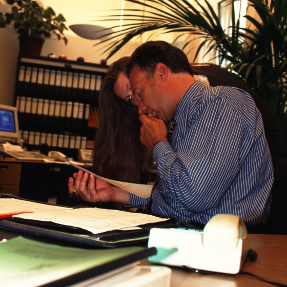 Legal contract issues arise in many small business transactions.
