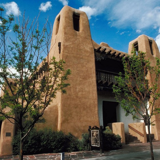 An adobe structure houses Santa Fe's Museum of Fine Arts.