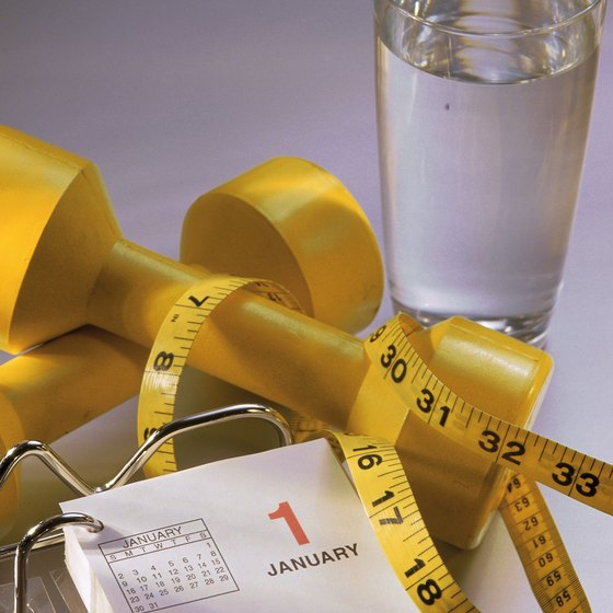 Losing more than 1 to 2 pounds per week is considered to be fast weight loss.