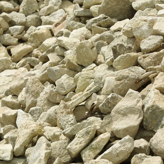 Convince people to go with your gravel company by developing a reputation for excellent customer service.