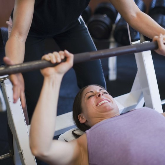 The basic barbell exercises in Stronglifts can aid in fat loss.