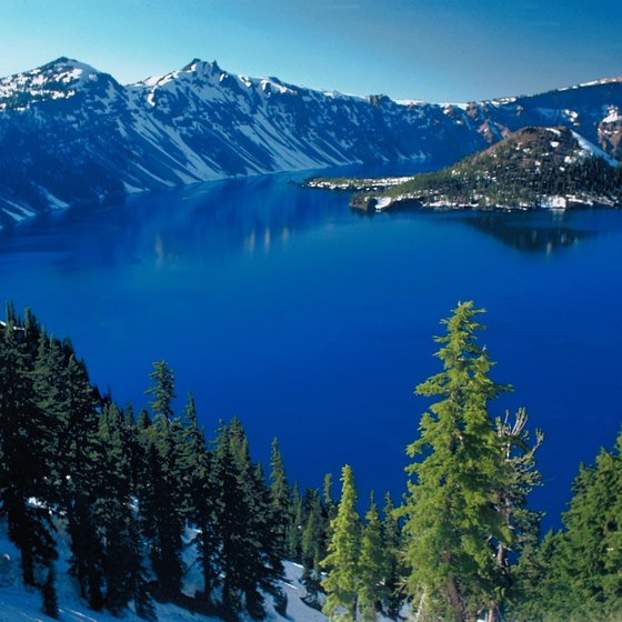 Crater Lake National Park is only an hour from Lake of the Woods.