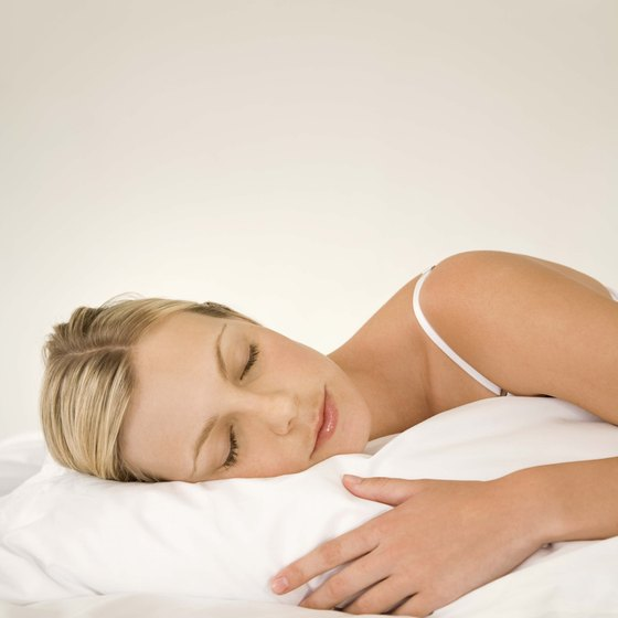 You can optimize weight loss while you sleep.