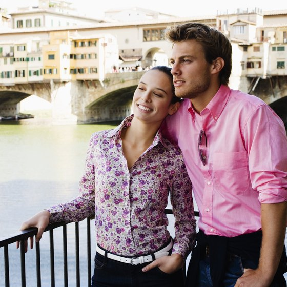 Newlyweds flock to Florence year after year.