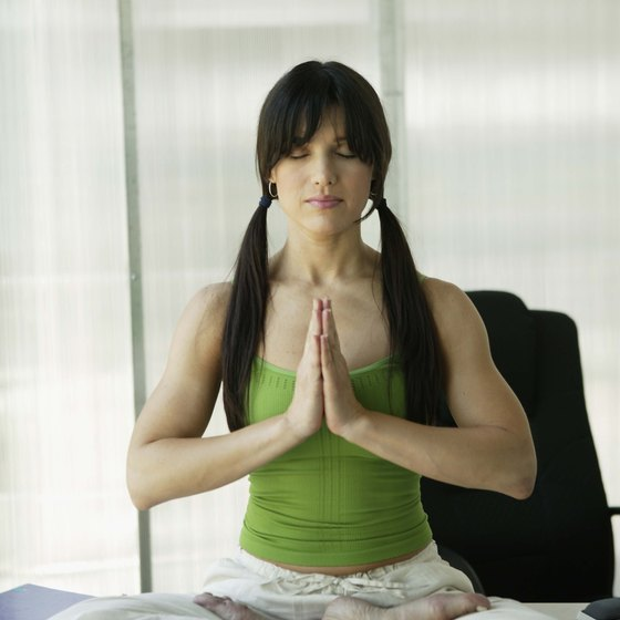 Slow down for 15 minutes and do some yoga poses to help reduce stomach fat.