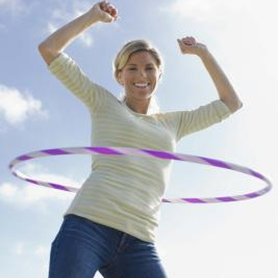 what does hula hoop exercise do for the body healthy living. Black Bedroom Furniture Sets. Home Design Ideas
