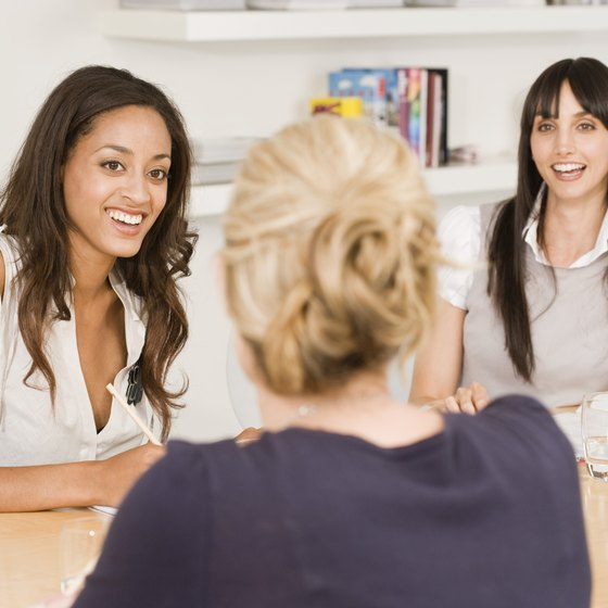 Keep interviews informal and friendly to maximize an interviewee's comfort.