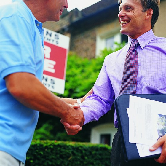 An independent sales contractor has to cover his own insurance needs.