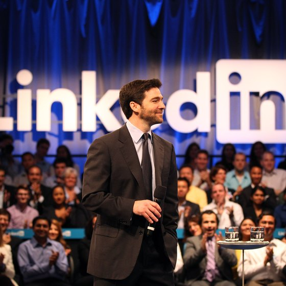 Link your LinkedIn account to Facebook and Twitter.