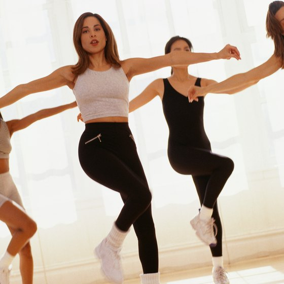 Simple choreography complements a beginner aerobic class.