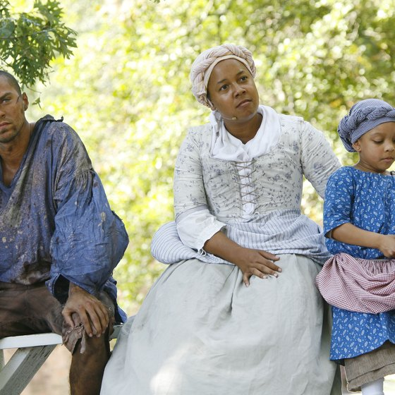 Colonial Williamsburg uses live re-enactors to tell the story of the Revolutionary War era.