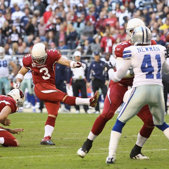 Jay Feely of the Arizona Cardinals attempts a field goal.
