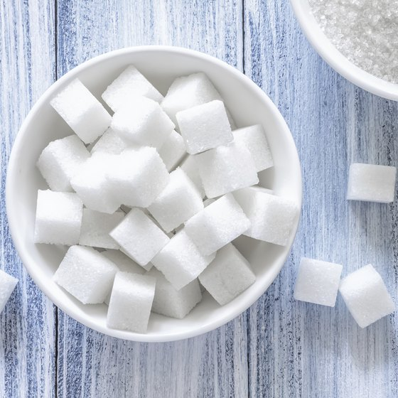 A small bowl of sugar cubes.