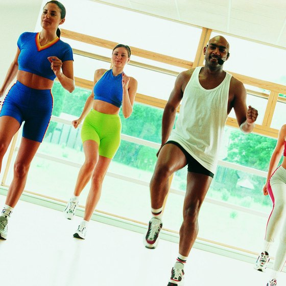 Aerobic dance classes are based on freestyle choreography.