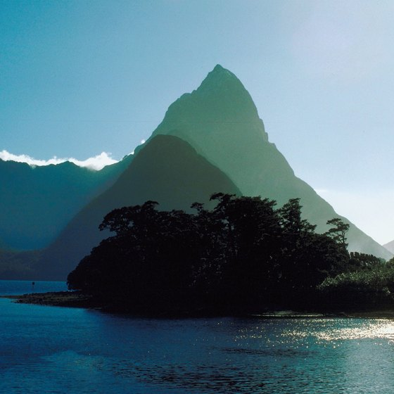 Milford Sound cuts deeply into the wilds of southwestern Fiordland.