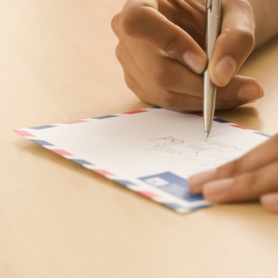 Use your employee's time more efficiently by using mailing list software.