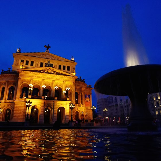 The Old Opera building in Frankfurt is home to the Frankfurt Symphony Orchestra.
