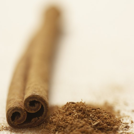 Cinnamon has an earthy taste and several health benefits.