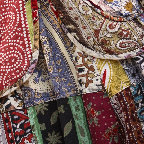 The European Union, China and the U.S. lead the world in textile exporting.
