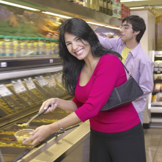 An operational plan for a cafeteria ensures food is plentiful, fresh and safe.