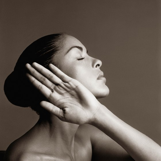 A healthy lifestyle helps maintain elastin in the skin