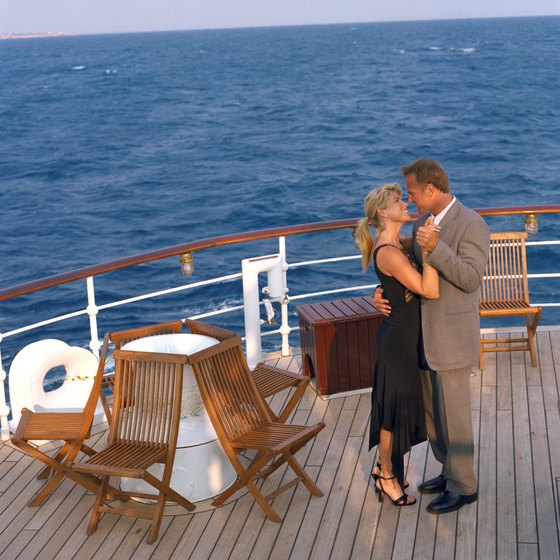 Prepare for the weather and adhere to the guidelines of the cruise line.