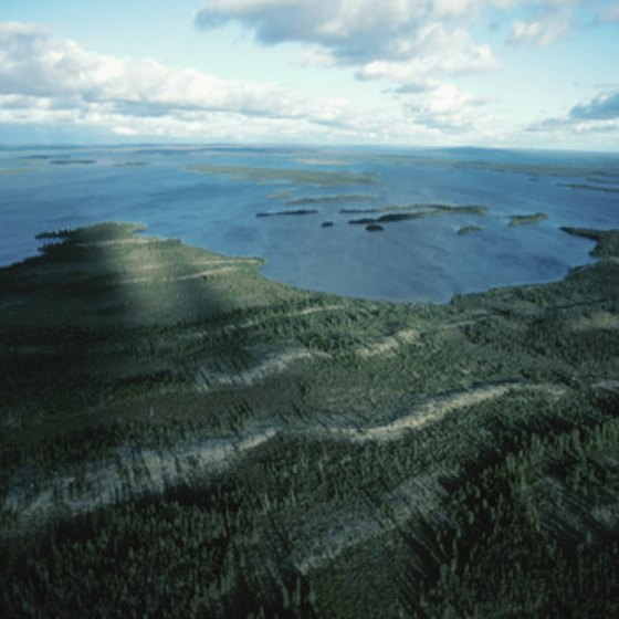 Lake Ontario, between Canada and the United States, is within the Canadian Shield.